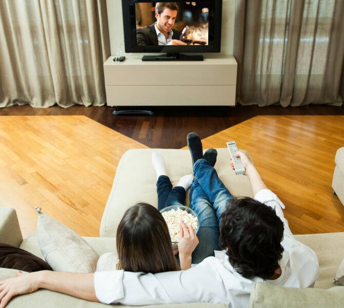 Advertising-TV-Forward-And-Thinking (1)